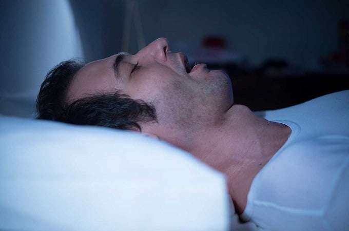 """Sleep Apnea """"width ="""" 680 """"height ="""" 450 """"/> </p> <p> In addition to sedating and helping you fall asleep faster, THC may be beneficial in sleep apnea, it has been proven that breathing can be improved during sleep. </p> <p> If you're having trouble falling asleep, THC may be just what you need a deep sleep. </p> <p> Here's the thing. </p> <p> THC has shown that it helps you fall asleep faster, but it also affects the quality of sleep you get after falling asleep. </p> <p> THC has shown that it changes the time you in the different stages of sleep, especially in the reduction of reducin g, the time spent in REM sleep. </p> <p> It also increases the time spent in slow-wave sleep. </p> <p> Im We dream of REM sleep. Because THC reduces the time spent in REM, it also reduces how much we dream. </p> <p> For people who suffer from nightmares and unpleasant dreams, this can obviously be an enormous advantage when THC is used to sleep. </p> <p> On the other hand, in REM sleep, the brain processes and integrates memories and emotions that are critical to learning and thinking at a higher level. </p> <p> Reduced REM sleep can lead to decreased cognitive and social processing causing concentration difficulties and memory problems. Not good. </p> <p> Here's something to keep in mind when it comes to THC and sleep. While the occasional consumer considers THC useful, chronic THC use has actually shown to disturb sleep. </p> <p> A 2016 study found that daily marijuana users achieved a higher index of the severity of insomnia and sleep disorders than those who did. Do not smoke grass every day. </p> <p> The study found that heavy (or daily) marijuana use is largely associated with sleep disorders. </p> <p> According to study authors: """"Study participants who did not smoke each day usually smoked in the evenings. </p> <p> However, if you smoke several times a day, you are more likely to report sleep disturbances. </p> <p> Only if you completely stop marijuana, and if you wait for som"""